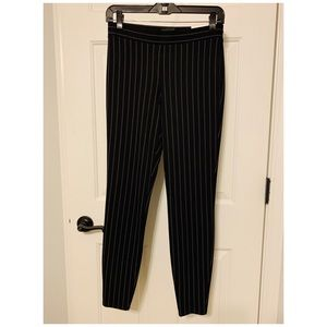 Express Mid Rise Pull On Leggings Pinstripe